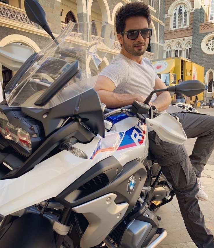 Shahid Kapoor Bmw R 1200 Gs