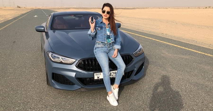 BMW 8-Series' INSANELY cool features explained! [Video]
