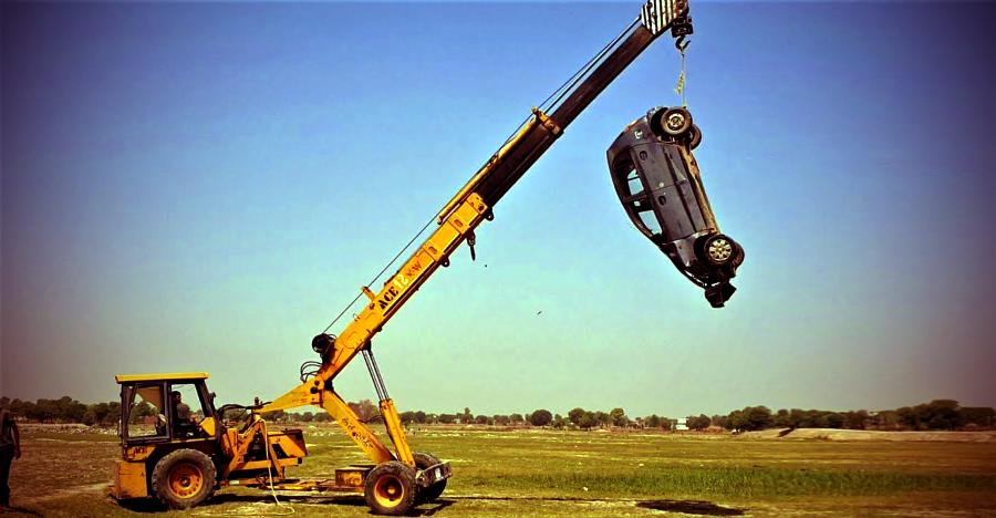 What happens when a Crane dumps a Hyundai Santro from a height [Video]