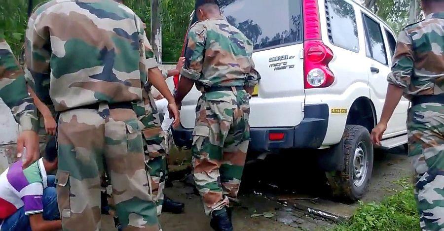 Mahindra Scorpio Army Lift Featured