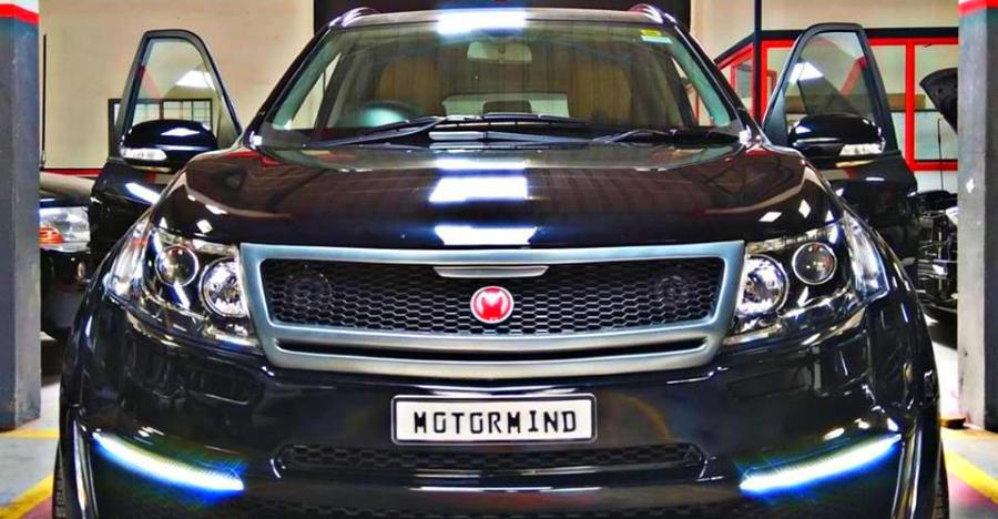 This Mahindra XUV500 mod job is as CLASSY as it gets