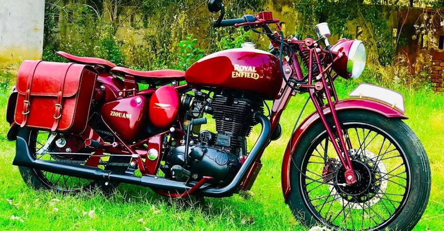 This vintage Royal Enfield is actually a Bullet Electra: GORGEOUS retro-mod job