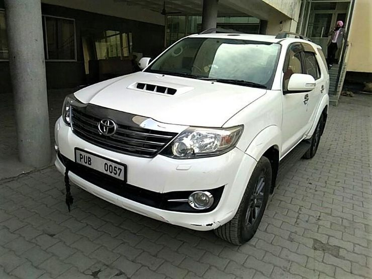 Toyota Fortuner Used