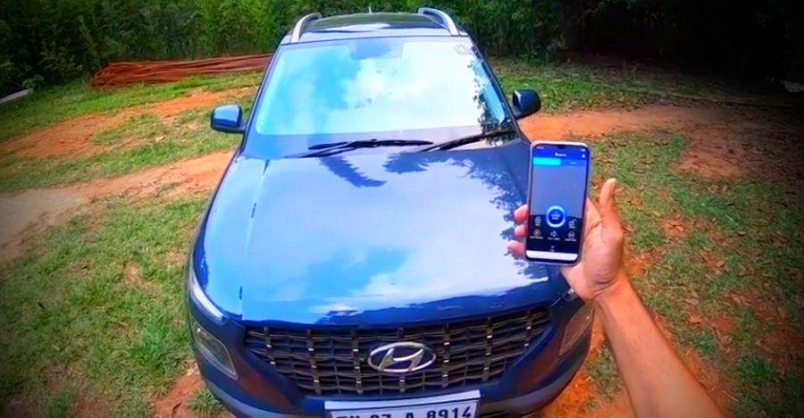 Hyundai Venue Smartphone Featured