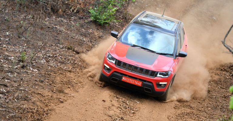 Jeep Compass Trailhawk Bookings Featured