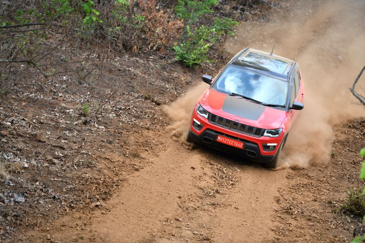Jeep Compass Trailhawk Bookings