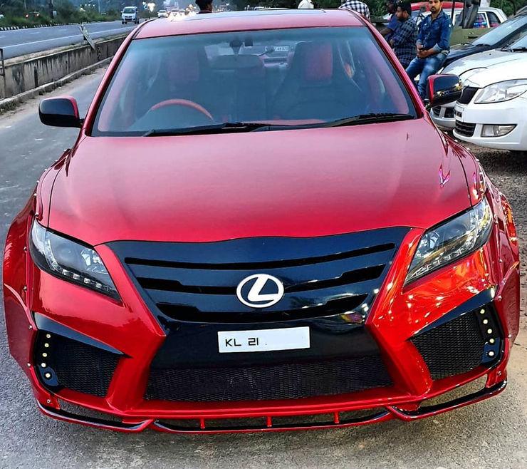 Lexus Corolla