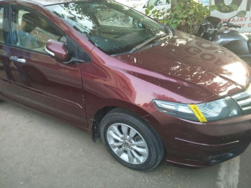 Used Sedan Ahmedabad 1