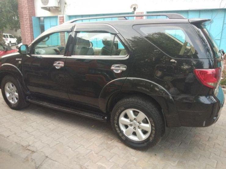 Toyota Fortuner Used 5