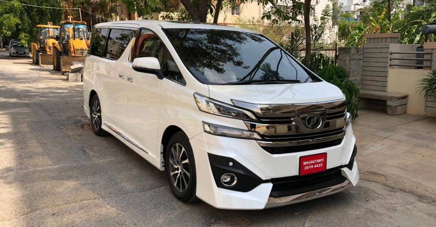 Toyota Vellfire Featured