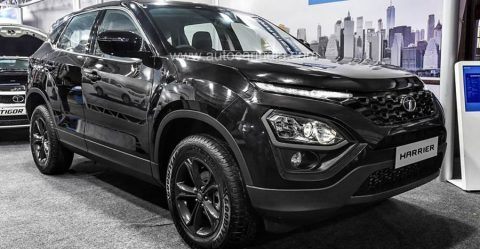 Tata Harrier All Black Featured