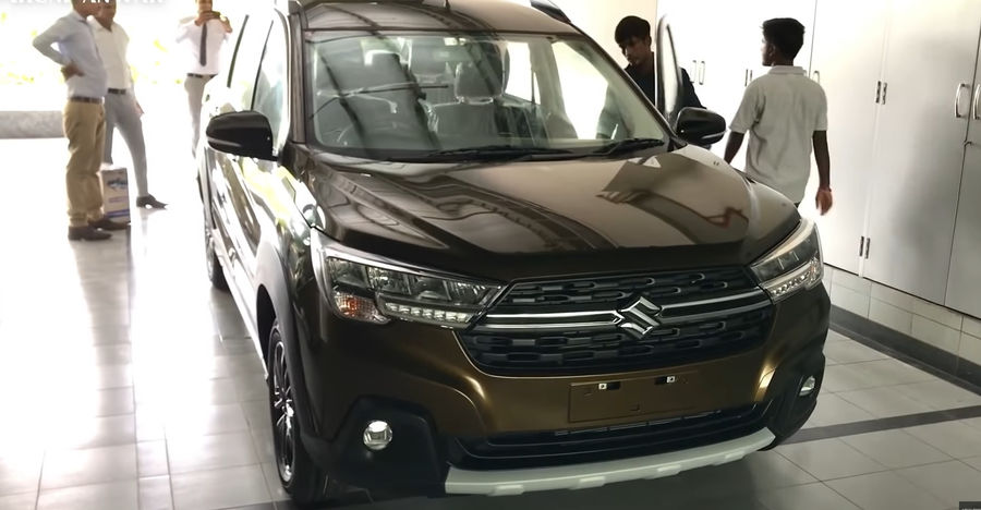 Newly launched Maruti Suzuki XL6 full walkaround review [Video]