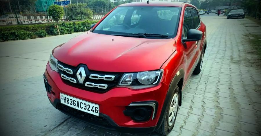 Almost-new, used Renault Kwid hatchbacks in Delhi with less than 10,000 km cheaper by Rs. 1 lakh+