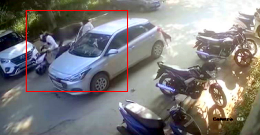 Latest tactics of the Thak-Thak gang on video: Hyundai i20 driver loses lakhs [Video]
