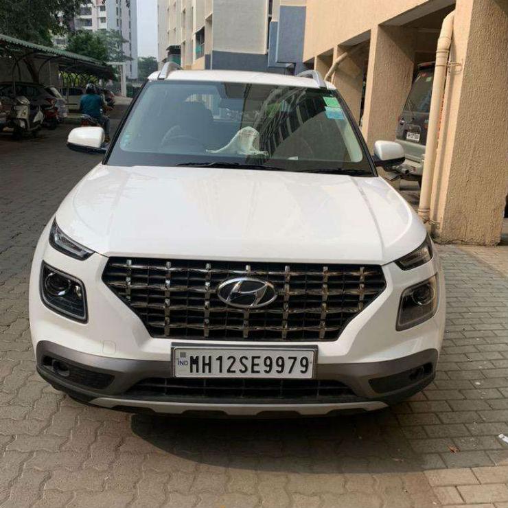 2 Almost New Used Hyundai Venue Compact Suvs For Sale