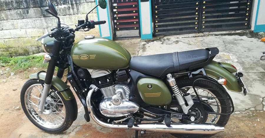 Almost new, Used Jawa Forty-Two bike for sale: Skip the wait time