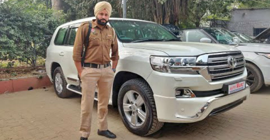 Bulletproof Toyota Land Cruiser SUV of a Chief Minister: Here's a closer look at what it's made of [Video]