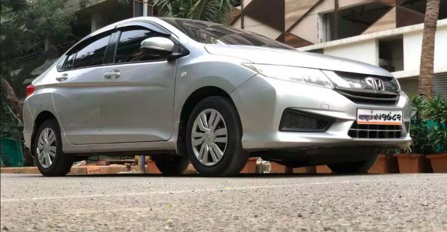 Five used latest-generation Honda City sedans under Rs 5 lakhs