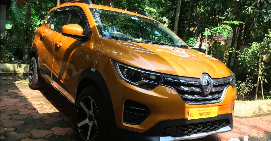 Renault Triber's base RXE trim in a walkaround video