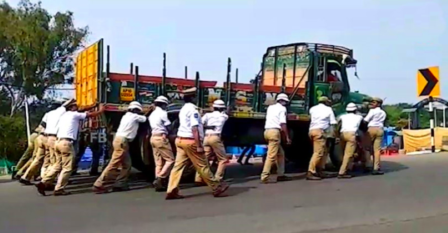 Why are so many Hyderabad cops pushing this truck? We explain [Video]