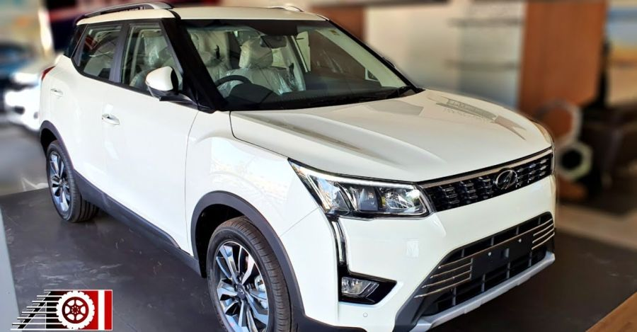 Mahindra XUV300 BS6 Petrol: First walkaround video