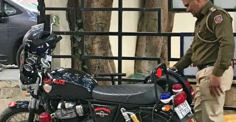 Delhi Police Royal Enfield Interceptor Featured
