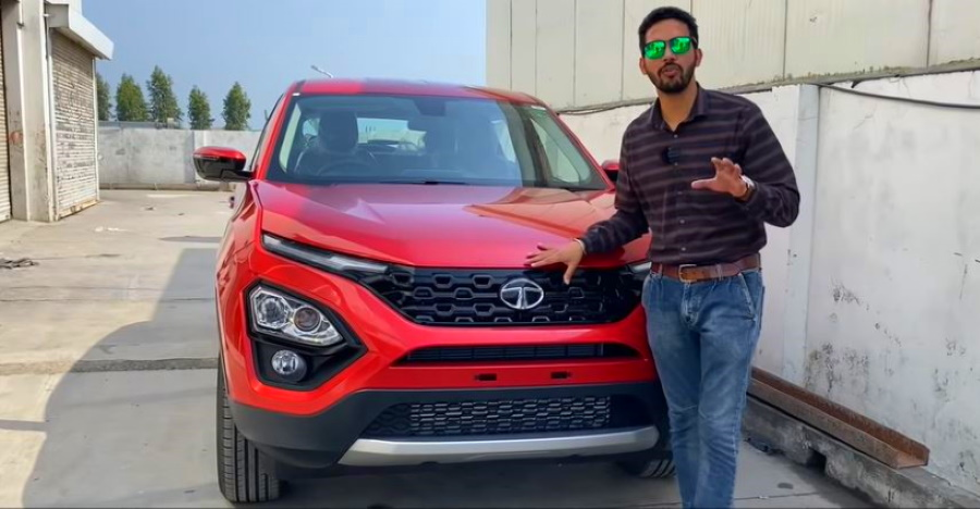2020 Tata Harrier XZA automatic top-end trim: Detailed walkaround video