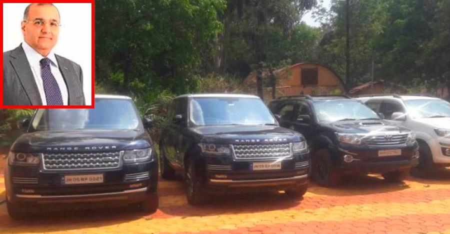 Dhfl Wadhawan Range Rovers Seized