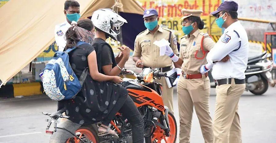Telangana State Police seizes around 1.2 lakh vehicles violating lockdown