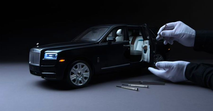 Meet the Rolls Royce Cullinan Scale model that costs more than a Toyota Innova Crysta [Video]