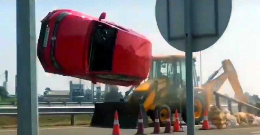 BIG Volkswagen Polo accident in Indian movie: Behind the scenes