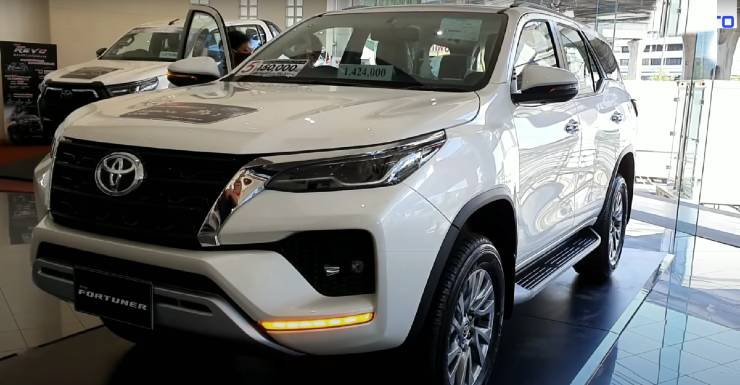 2020 Toyota Fortuner's first ever walkaround video