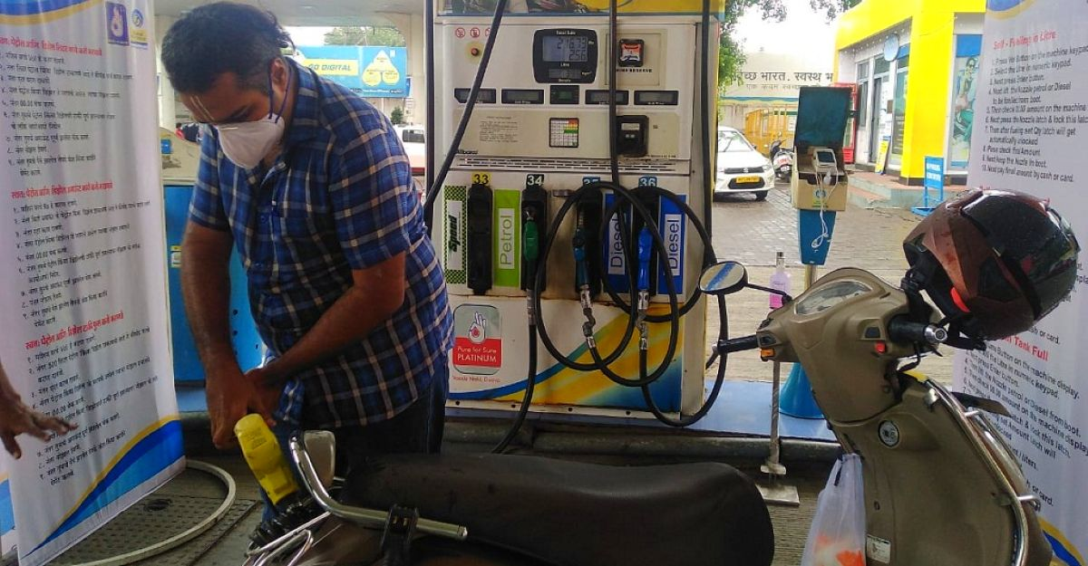 India's first 'Atmanirbhar' petrol bunk in Pune allows customers to refuel vehicle by themselves [Video]