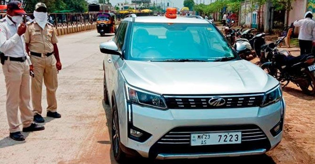 Police inspector stops collector's car for ILLEGAL beacon: Collector abuses cop & escapes fine