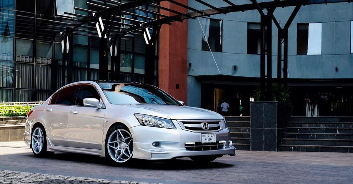 This modified Honda Accord with Mugen skirting looks Stunning!