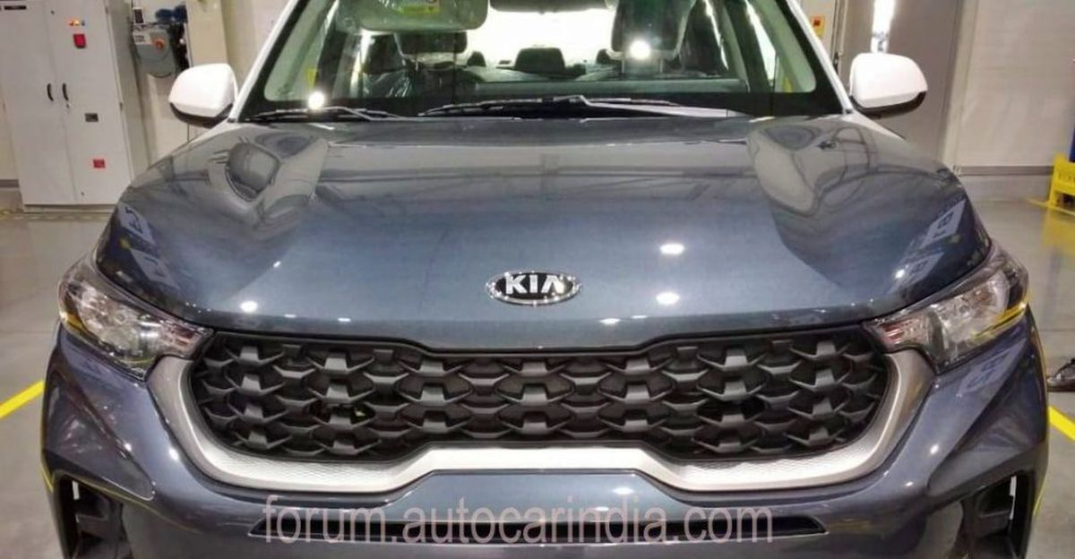 Kia Sonet mid-spec variant spied before official launch
