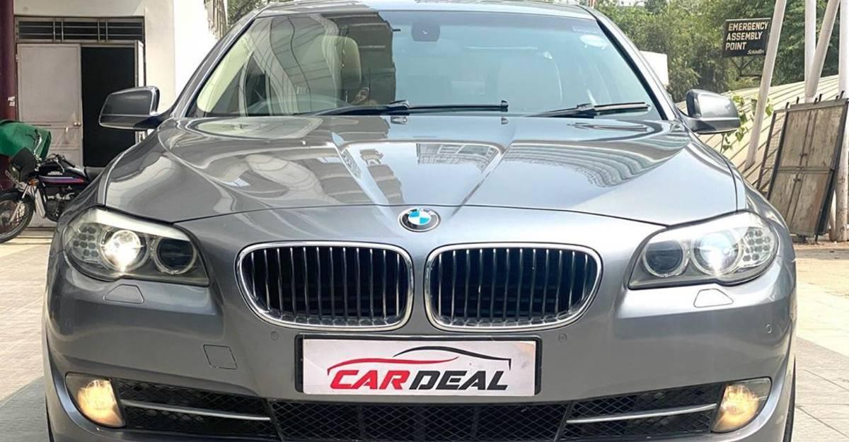 Well-kept used BMW 5-Series Diesel luxury sedan selling at Maruti Dzire prices
