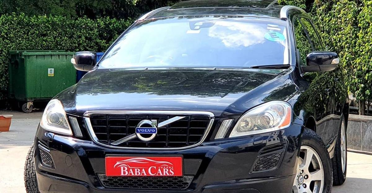 2 super SAFE Volvo XC60 luxury SUVs for sale: Priced under Rs. 10 lakh