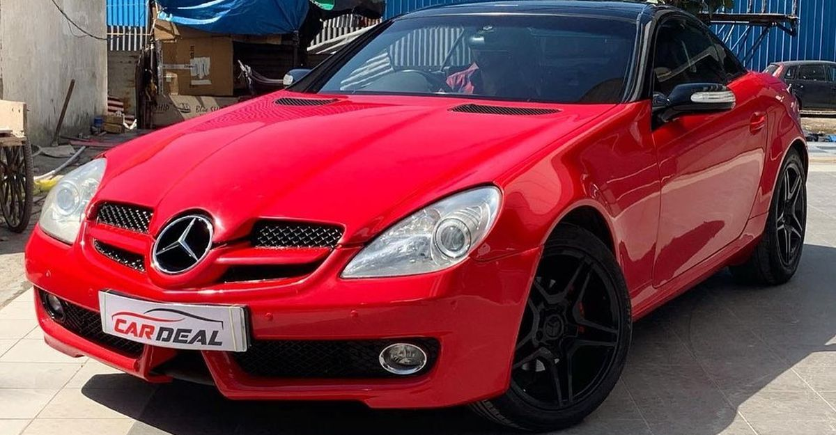 Gorgeous Mercedes-Benz SLK convertible selling at a price cheaper than Hyundai Venue