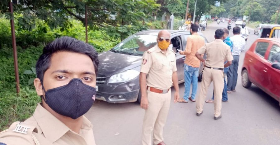 Cops fining people for not wearing mask inside cars even while driving alone