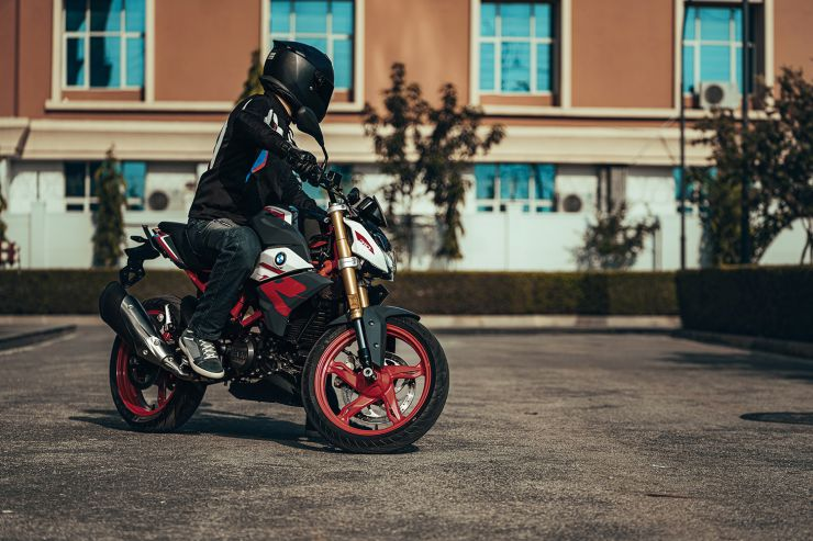 BMW G 310 R launched in India, priced at INR 2.99 lakh