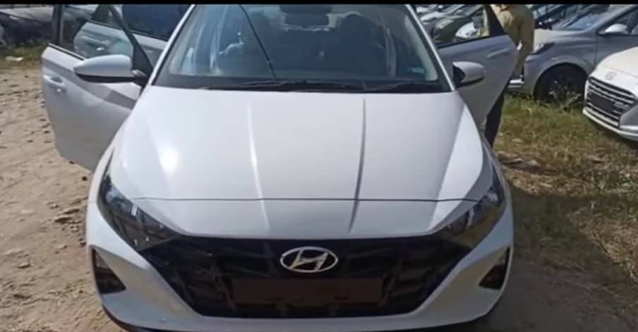 Upcoming 2020 Hyundai i20 in Magna trim: Spied before launch