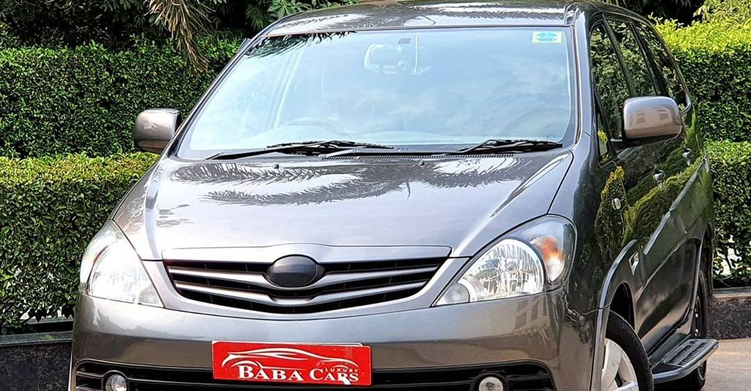 Luxurious DC Modified Toyota Innova for 5.95 lakh