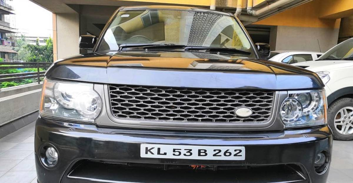 Used Land Rover Range Rover Sport with V8 diesel engine selling for Rs. 18 lakh
