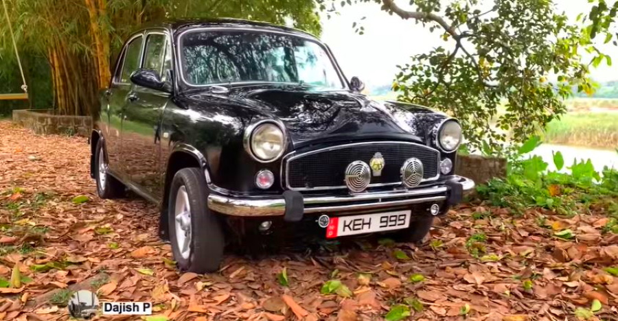 Beautifully resto-modded 35 year old Hindustan Ambassador with Toyota Diesel engine on video