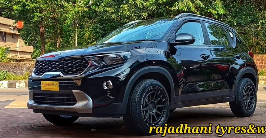 Kia Sonet with aftermarket alloy wheels & low profile tyres looks HOT [Video]