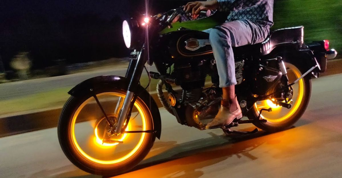 Royal Enfield Bullet puts on a fiery display thanks to its LED wheel lights [Video]