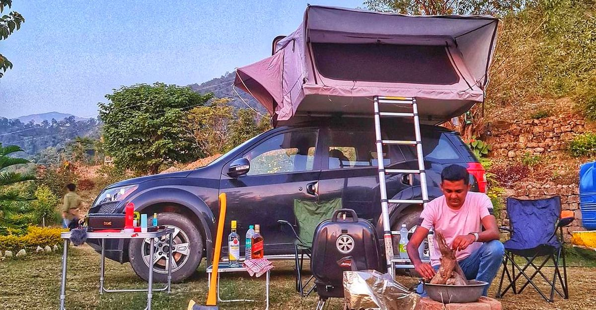 Mahindra XUV500 with rooftop tent will impress every camper