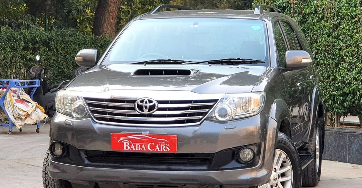 3 used, luxurious diesel automatic 7 seat SUVs starting from under 5 lakh