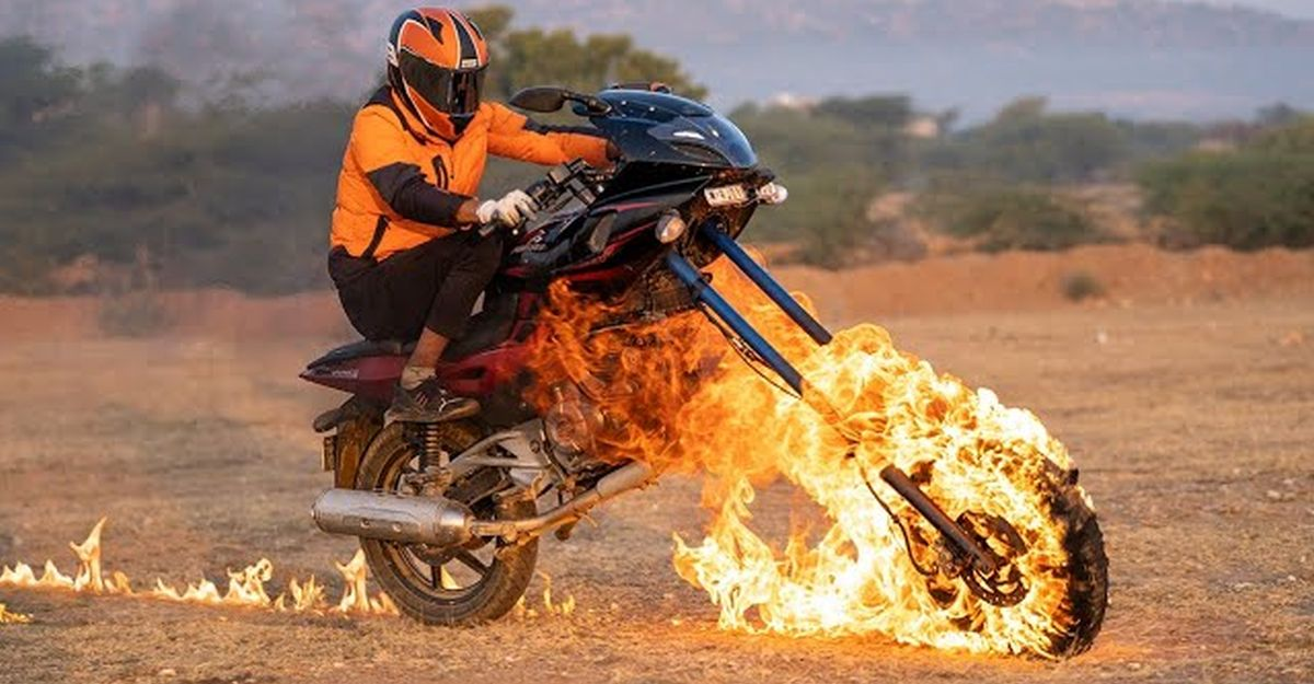 Biker sets Bajaj Pulsar 220 on fire to emulate GHOST RIDER [Video]